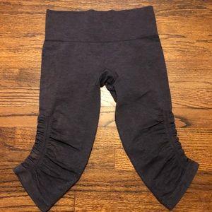 Lululemon Cropped Yoga Pants Plum Size 4